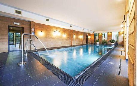 Polské Krkonoše na hranicích s Českem blízko ski areálu v luxusním Cristal Resortu s wellness a polopenzí