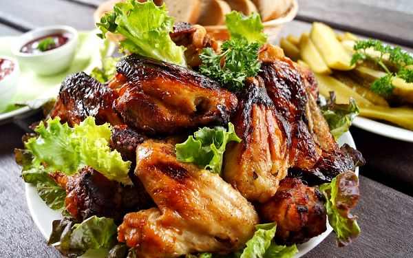 Pečená kuřecí křídla (1,5 kg)2