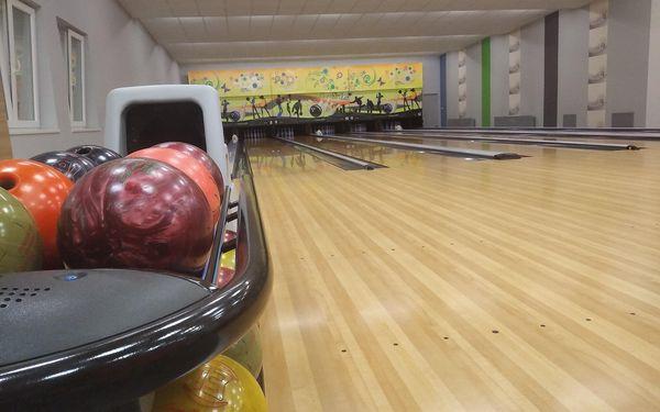1 hod. bowlingu + bramborové lupínky (300 g)2
