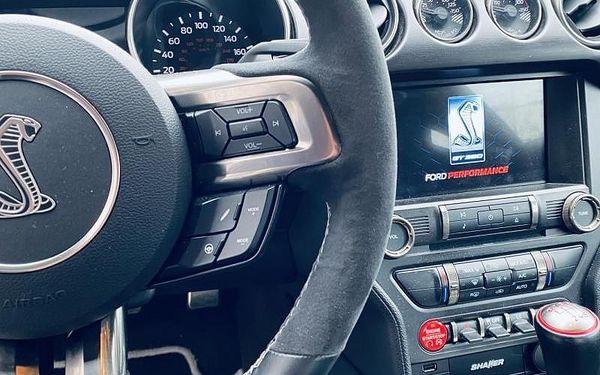 Jízda ve Ford Mustang GT350 SHELBY bez PHM, cca 20 min jízda (16 km) + instruktáž, počet osob: 1 osoba, Praha (Praha)3
