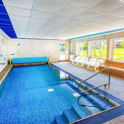 Jeseníky: Hotel Park *** s neomezeným vstupem do termálního i vnitřního bazénu + slevy a polopenze