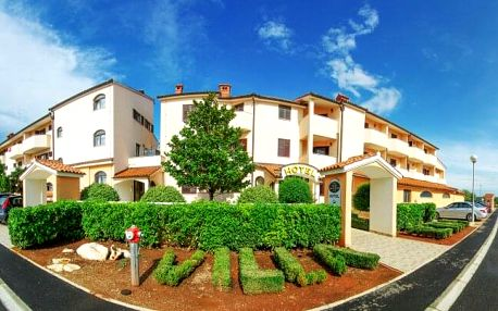 Chorvatsko: Istrie nedaleko pláže na 5 nebo 8 dní v Hotelu Villa Letan **** s bazénem a tenisem + plná penze
