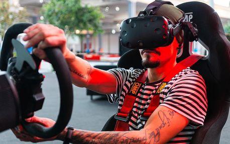 30 nebo 60 minut na závodním simulátoru i ve VR
