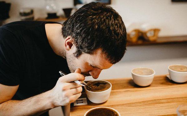 Dárkový balíček pěti druhů kávy s pražírnou DOUBLESHOT + videodegustace s baristkou