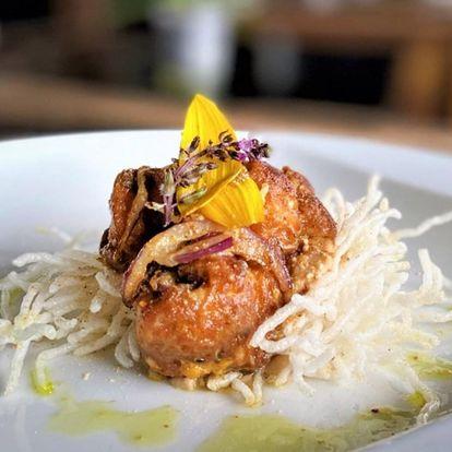 Mezinárodní či indické degustační menu pro dva