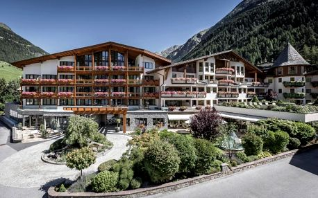 Rakouské Alpy: Das Central – Alpine . Luxury . Life