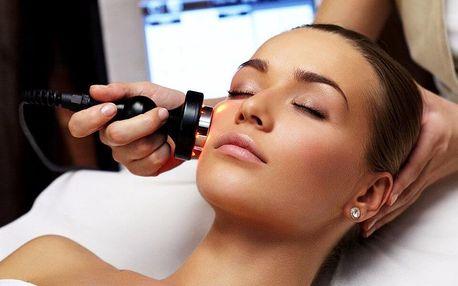 Ošetření a masáž pleti galvanickou žehličkou