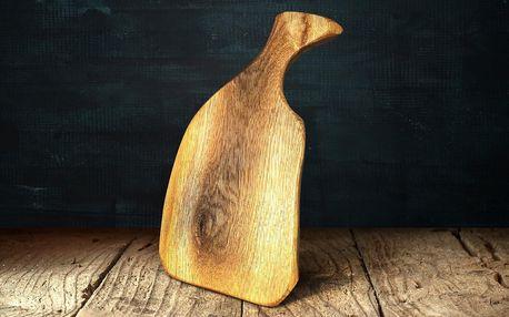 Masivní dřevěné prkénko s úchytem, ruční výroba