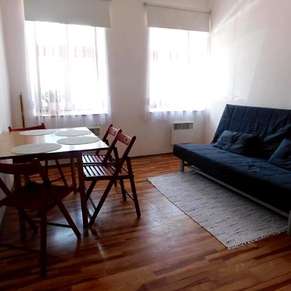 Krásy Broumovska: Apartmán Na Náměstí