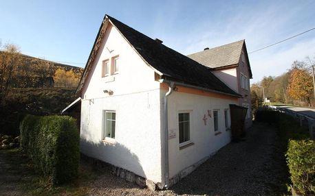 Královehradecký kraj: Rekreační dům KRKONOŠE - Ubytování - Lampertice