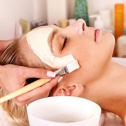 Výběr ze dvou kosmetických ošetření v salonu Evva