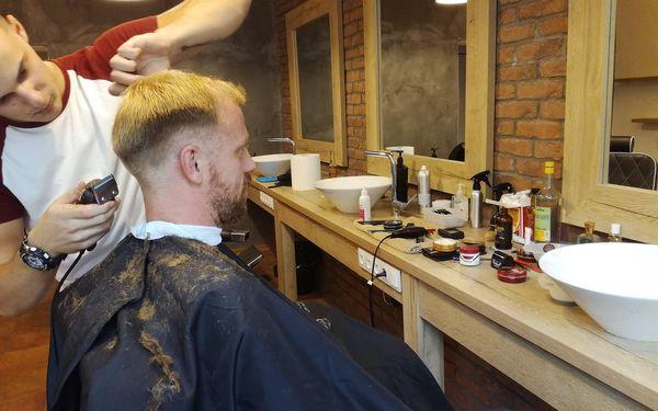 Barber péče a sklenka Jack Daniel's Tennessee3