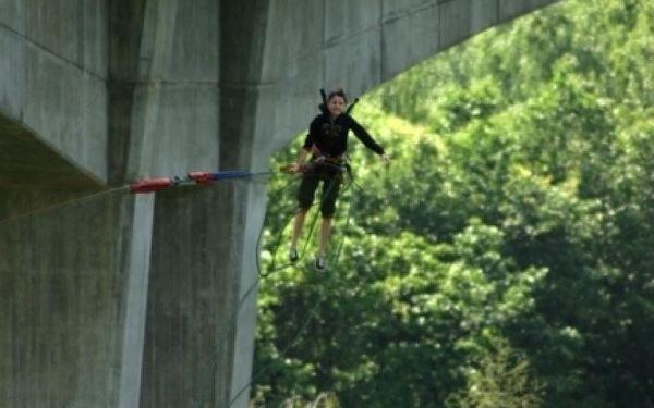 Bungee jumping - Kieneova houpačka5