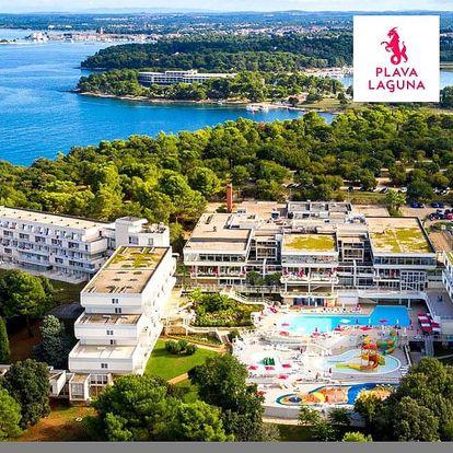 Chorvatsko, Istrie   Hotel Delfin – Poreč Zelena Laguna** 50 m od moře   Dítě zdarma   Bazén