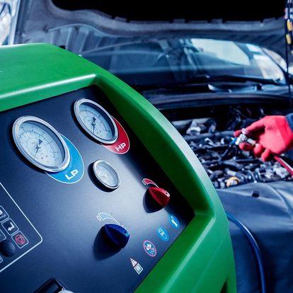 Ruční čištění vozidla i servis klimatizace
