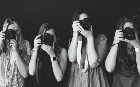 Kurz focení mobilem i zrcadlovkou, venku i v ateliéru