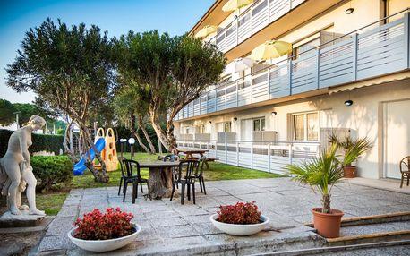 Itálie, Lignano | Villa Yachting*** | Apartmány 2–5 osob | Zahrada s posezením a dětským hřištěm | Parkování zdarma