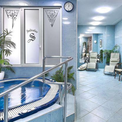 Hotel Salvator v srdci Karlových Varů s polopenzí a wellness