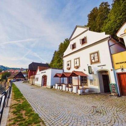 Český Krumlov: Romantický Hotel Vltavská pohádka *** v pokoji Deluxe s polopenzí + 2 děti do 10 let zdarma