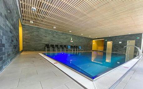 Vysočina u CHKO Žďárske vrchy a ski areálu v Hotelu SKI *** s wellness (bazén, vířivka), polopenzí a slevami