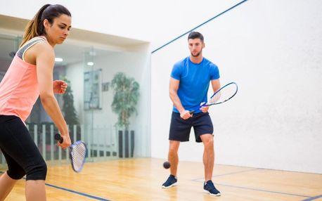 Hodina squashe nebo S-badmintonu, 1-5 vstupů