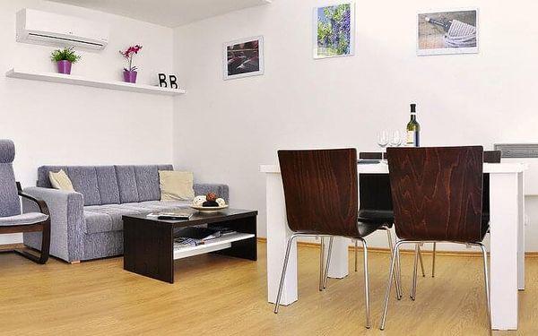 Apartmán v obci Lednice   2 osoby   3 dny (2 noci)   Období Po 1. 3. – Čt 1. 7. 2021, Ne 29. 8. – St 15. 12. 20214