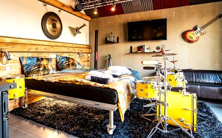 Rockerský apartmán s vlastním wellness i sadou bicích