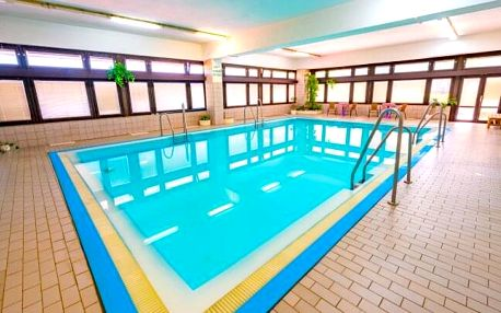 Luhačovice: Relaxace v Hotelu Adamantino *** s wellness, bazénem, ozdravným programem + bohatá plná penze