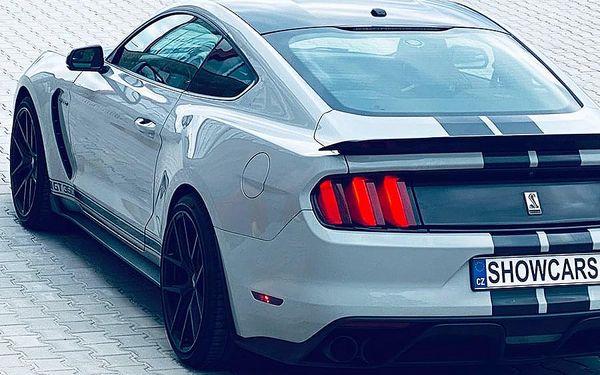 Jízda ve Ford Mustang GT350 SHELBY | Brno | 1. duben - 31. říjen (v předem vypsané termíny). | 70 minut vč. administrativy a instruktáže.5