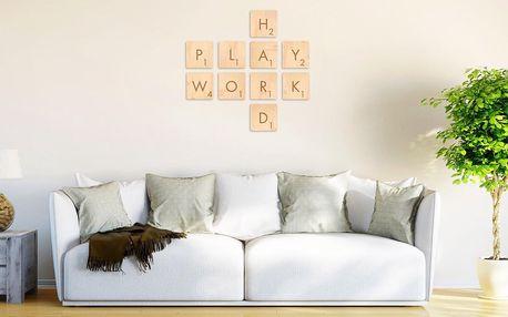 Dřevěné nápisy i jednotlivá písmenka na zeď