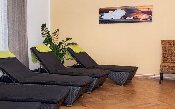 Relaxace ve vířivce pro 2 osoby na 120 minut4
