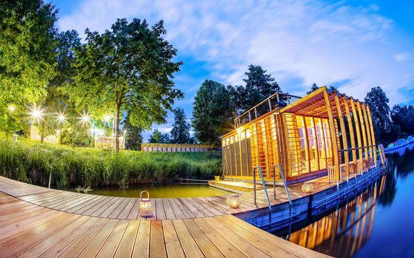 Romantický pobyt na břehu řeky Orlice v Altánu Sasanka se stravou a saunou