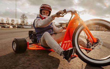 Drift trike: Driftování na motorové tříkolce