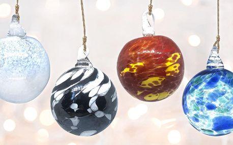 Ručně vyráběné vánoční ozdoby z Karlových Varů