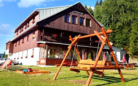 Aktivní dovolená v Krkonoších s jídlem a saunou