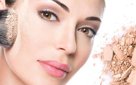 Kurz líčení pro 1-2 osoby s balíčkem kosmetiky v hodnotě 500 Kč
