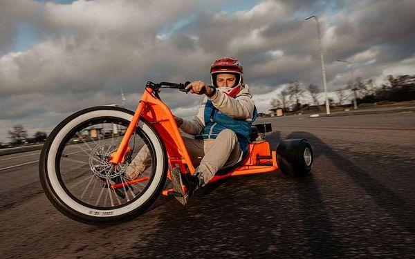 Drift na motorové tříkolce5