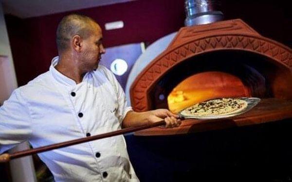 1 pizza podle výběru5