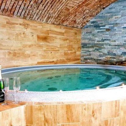 Vysočina: Relaxační pobyt v Hotelu Sněžné *** s polopenzí a vstupem do wellness s vířivkou a saunami