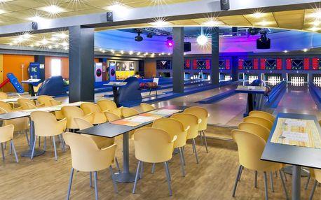 2 hodiny bowlingu až pro 8 hráčů a kilo řízků