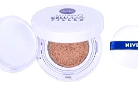 Nivea Hyaluron CELLular Filler 3in1 Care Cushion SPF15 15 g pečující make-up v houbičce 3 v 1 pro ženy 01 Light