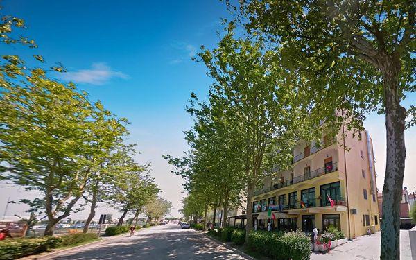 Itálie, Emilia Romagna | Hotel Le Vele*** | Polopenze/All inclusive | Dítě do 12 let zdarma