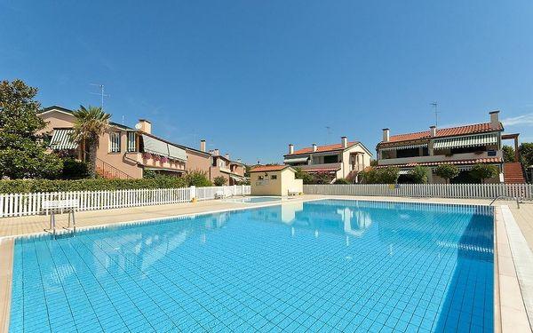 Itálie, Caorle | Villaggio Cristina*** | Apartmány s plážovým servisem v ceně
