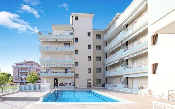 Itálie, Caorle   Residence Livenza***   Bazén   Plážový servis a parkování zdarma