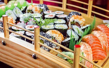 Sushi set s 30 nebo 40 rolkami a pikantní polévka