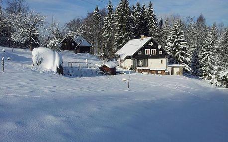 Liberecký kraj: Na Sluneční pohádková chaloupka ve Sladké díře