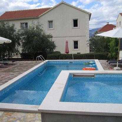 Chorvatsko, Brač: Apartments Nives