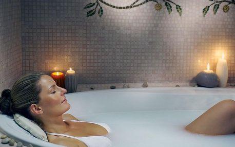 Hévíz, hotel NaturMed Carbona**** u jezera s léčivou vodou