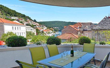 Chorvatsko, Brač: Apartments Mladinić