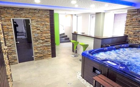 Jižní Čechy: Relaxace v Hotelu Lucia *** s neomezeným wellness centrem (vířivka, sauna, pára) a polopenzí